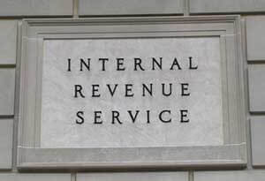 Picture of IRS sign on IRS building in Washington DC